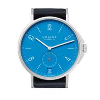 nomos_glashutte_ahoi_datum_signalblau_watch