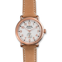 Shinola_Runwell_41mm_Watch,_Rose_Tone_Bezel_with_Tan_Strap