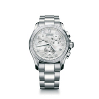 Swiss_Army_Chrono_Classic_White_Mother-of-Pearl_Bracelet_Watch