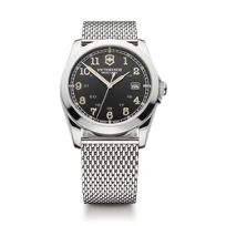 Swiss_Army_Infantry_Bracelet_Watch,_Dark_Grey_Dial