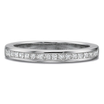 Platinum_Princess_Cut_Diamond_Band