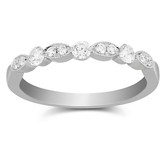 18K White Gold Scalloped Diamond Band With Milgrain