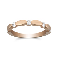 18K_Rose_Gold_Scalloped_Diamond_Band