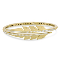 Stephen_Webster_18K_Yellow_Gold_Round_Diamond_Hinged_Feather_Bracelet
