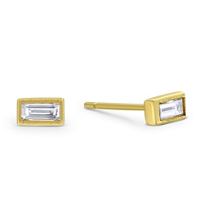 Sethi_Couture_18K_Yellow_Gold_Baguette_Diamond_Earrings