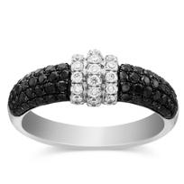 18K_Black_and_White_Diamond_Ring