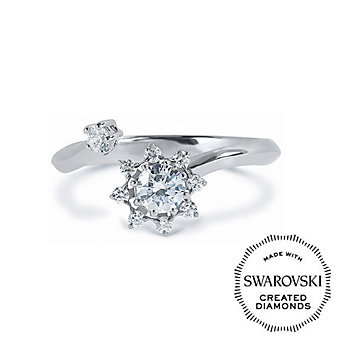Diama 18K White Gold Bloom Swarovski Created Diamond Ring