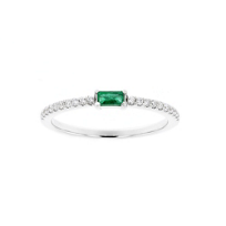 14K_White_Gold_Baguette_Emerald_and_Round_Diamond_Ring