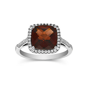 18K White Gold Cushion Checkerboard Garnet and Round Diamond Ring, 9mm
