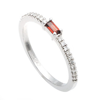 14K White Gold Baguette Garnet and Diamond Ring