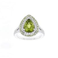 18k_white_gold_pear_shaped_peridot_ring_with_diamond_&_peridot_halo