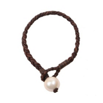 Vincent_Peach_Flat_Brain_Freshwater_Cultured_Pearl_Leather_Bracelet