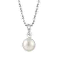 Tara_18K_White_Gold_White_Cultured_Pearl_and_Round_Diamond_Pendant,_8x8.5mm