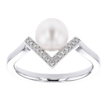 14k_white_gold_white_cultured_pearl_&_diamond_chevron_ring
