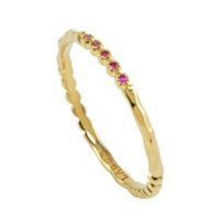 Lagos_18K_Yellow_Gold_Covet_Pink_Sapphire_Ring