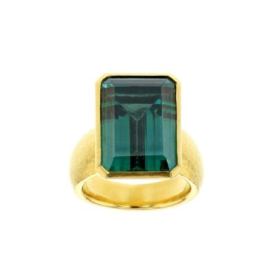 gurhan 24k yellow gold emerald cut treated green topaz bezel set ring