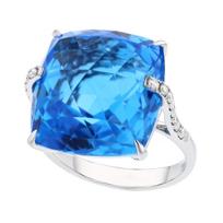 14k_white_gold_checkerboard_cushion_blue_topaz_&_diamond_shoulder_ring
