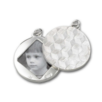 Monica_Rich_Kosann_Sterling_Silver_Round_Image_Case_Pendant_With_Honeycomb_Pattern