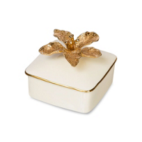 Jay_Strongwater_Eleanor_Lily_Porcelain_Box,_Gold