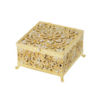 Olivia_Riegel_Gold_Windsor_Large_Box