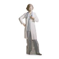 Lladró_Female_Doctor
