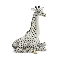 "Herend_Black_Small_Giraffe,_4.5""_L_x_5""_H"