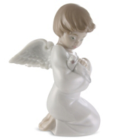 Llardo_Loving_Protection_Figurine
