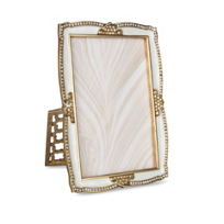 Jay_Strongwater_Graham_Scalloped_Picture_Frame,_4x6