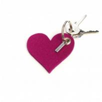 Graf_&_Lantz_Heart_Key_Fob,_Fushsia