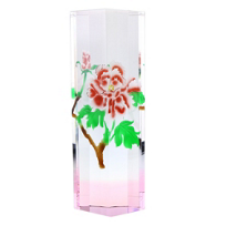 lustig_optical_crystal_flower_tower,_pink