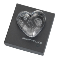 Simon_Pearce_Heart_Paperweight