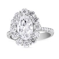 18K_White_Gold_Oval_and_Round_Diamond_Ring