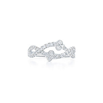 Kwiat 18K White Gold Round Diamond Jasmine Ring