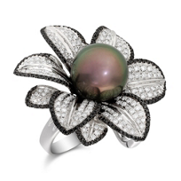 18K_White_Gold_Tahitian_Cultured_Pearl_With_Black_and_White_Diamonds_Ring