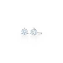 Kwiat_Platinum_Diamond_Stud_Earrings,_0.91cttw