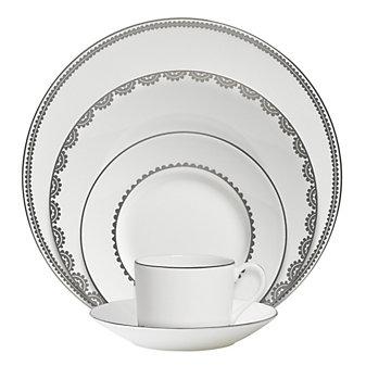 Vera Wang Flirt Dinnerware