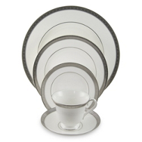 Waterford_Newgrange_Platinum_Dinnerware