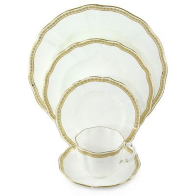 Royal_Crown_Derby_Carlton_Gold_Dinnerware