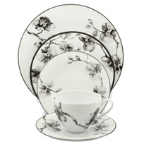 Michael_Aram_Black_Orchid_Dinnerware
