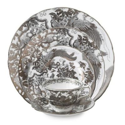 Royal_Crown_Derby_Platinum_Aves_Dinnerware