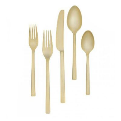 Vera_Wang_Polished_Gold_Flatware