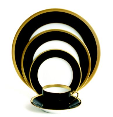 Haviland_Laque_de_China_Gold_With_Noir_Dinnerware