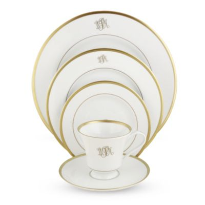 Pickard_Signature_Ivory_Monogram_Gold_Dinnerware