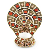 Royal_Crown_Derby_Old_Imari_Dinnerware