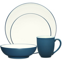 Noritake_Colorwave_Blue_Dinnerware