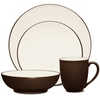 Noritake_Colorwave_Chocolate_Dinnerware
