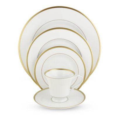 Pickard_Signature_Ivory_Gold_Dinnerware