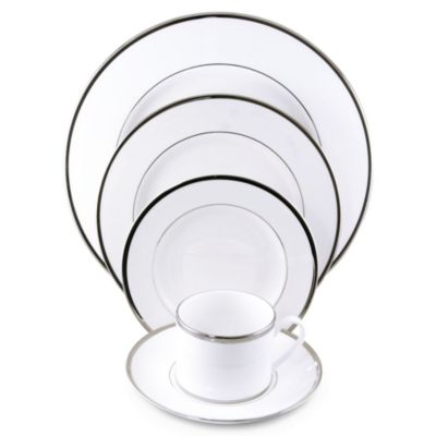 Pickard_Signature_Ivory_Platinum_Dinnerware