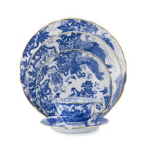 Royal_Crown_Derby_Blue_Aves_Dinnerware